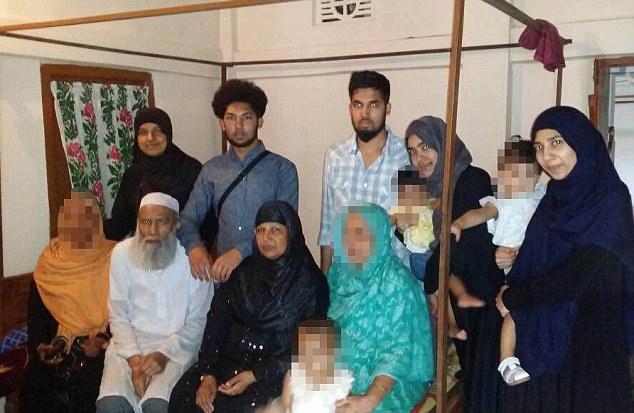 Terorista z Londýna byl kontaktní osobou islámského centra v Lutonu.