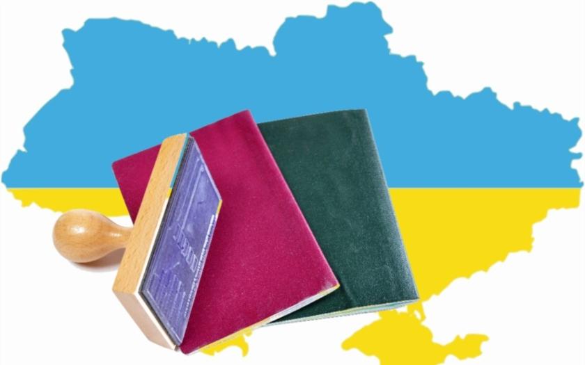 Žádostí Ukrajinců o azyl je trojnásobek a to jen je špička ledovce