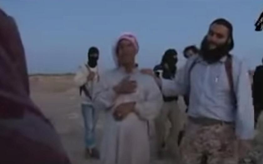 Islámští vrazi sami natočili ukamenování ženy