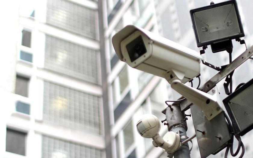 Kamerové systémy nás sledují 24 hodin denně