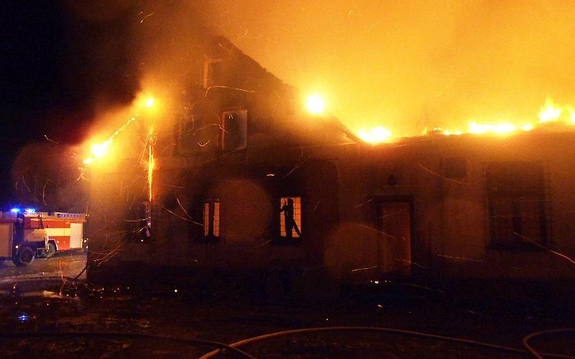 Rozsáhlý požár na Plzeňsku způsobil škodu za 4,5 milionu korun