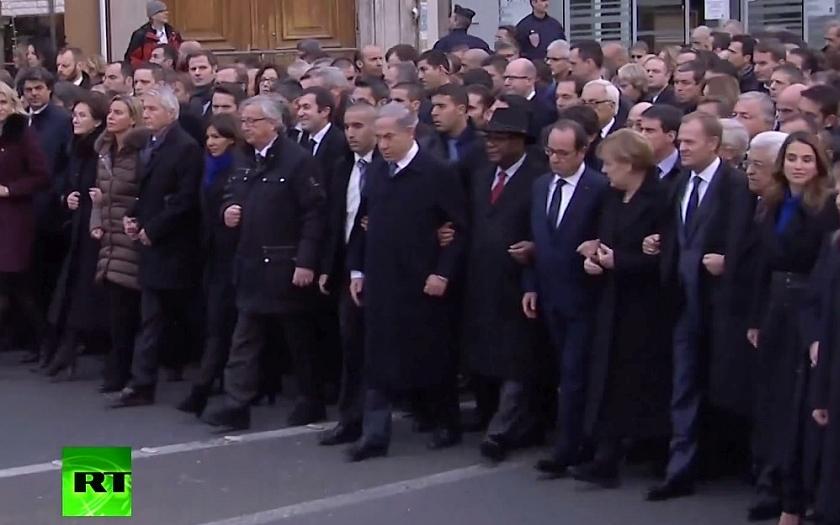 V Paříži demonstruje proti terorismu milion lidí. A EU chce &quote;zintenzivnit&quote; boj s terorismem