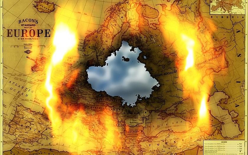 Podaří se odvrátit nebezpečí válečného konfliktu v Evropě? Přichází znovu Mnichov?
