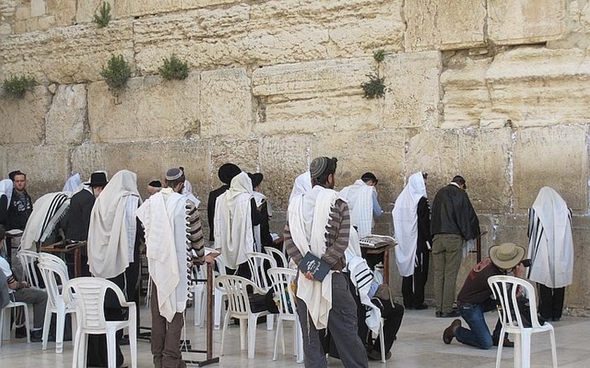 Izrael vyzývá evropské Židy k emigraci. Trpělivost došla po teroristických útocích