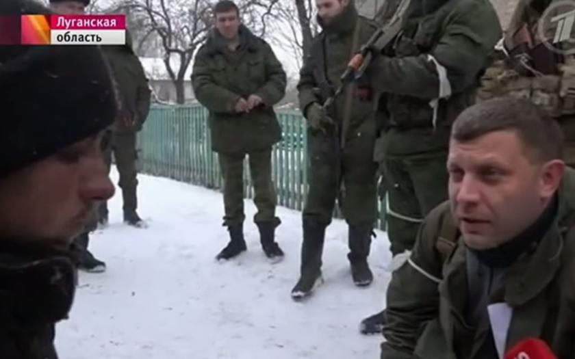 Lídr proruských separatistů Zacharčenko byl právě raněn v Debalcovo