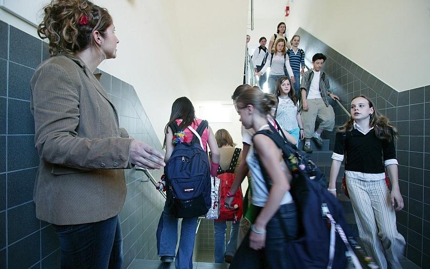 Zlínský kraj dal školám šest milionů korun na lepší zabezpečení