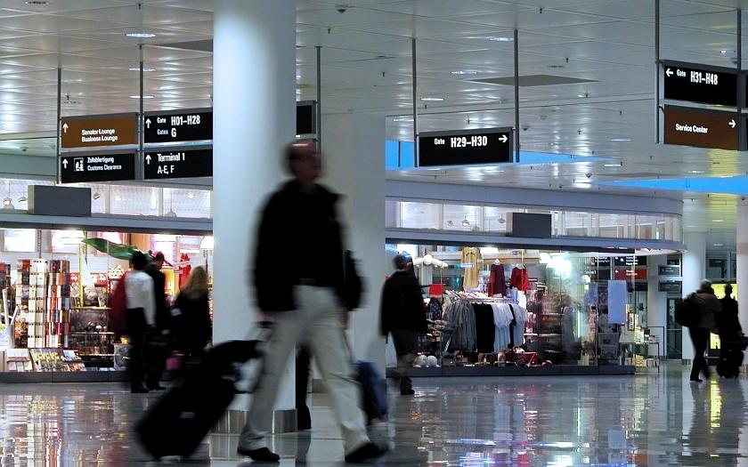 Bezpečnostní kontrola na letišti: co tato práce obnáší?