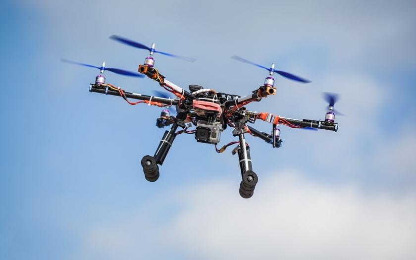Koncern Kalašnikov představil horkou novinku: ,,Tichý&quote; špionážní dron