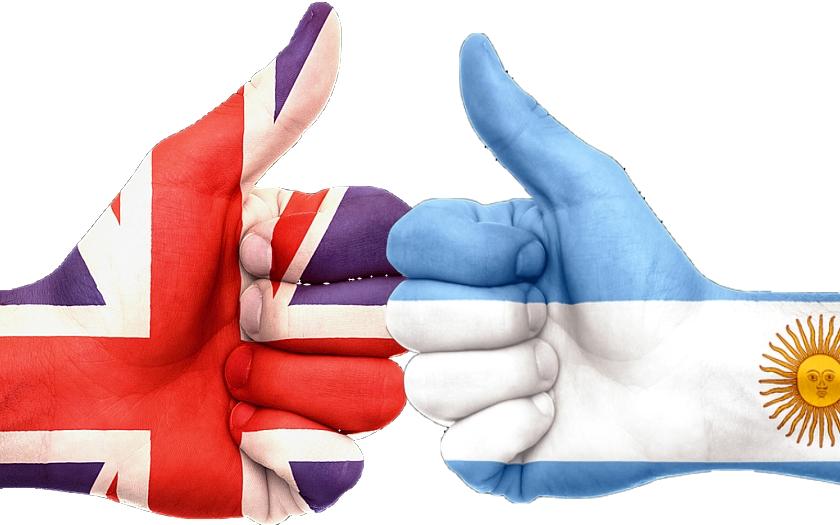 Rusko a Krym? A co Velká Británie a Falklandy? Schyluje se k válečnému konfliktu?