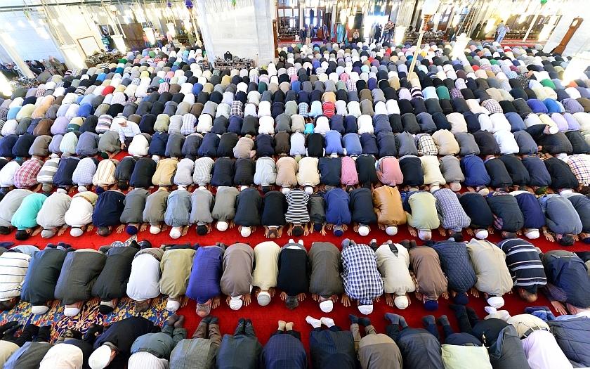 Výsledek obrázku pro muslimské násilí