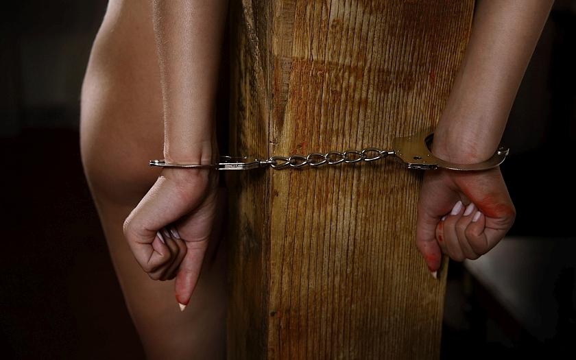 Džihádista zradil vlastního bratra, za odměnu dostal od IS tři křesťanské otrokyně