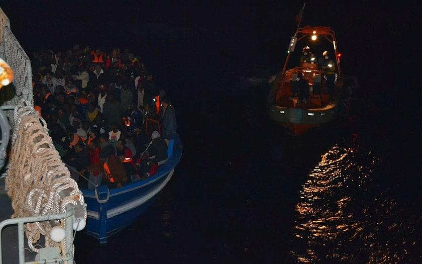 Evropská pobřežní stráž bude organizovat rychlé zásahy na vnějších hranicích EU