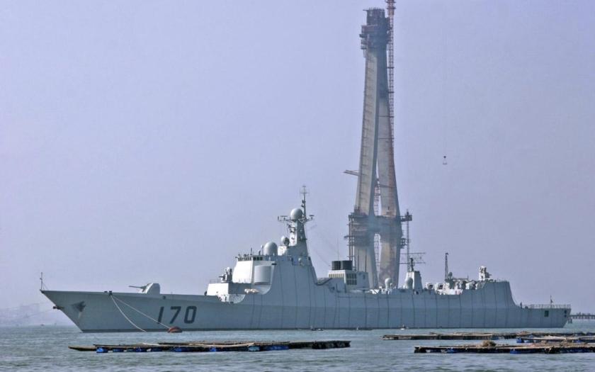 Společné vojenské cvičení Číny a Ruska ve Středozemním moři
