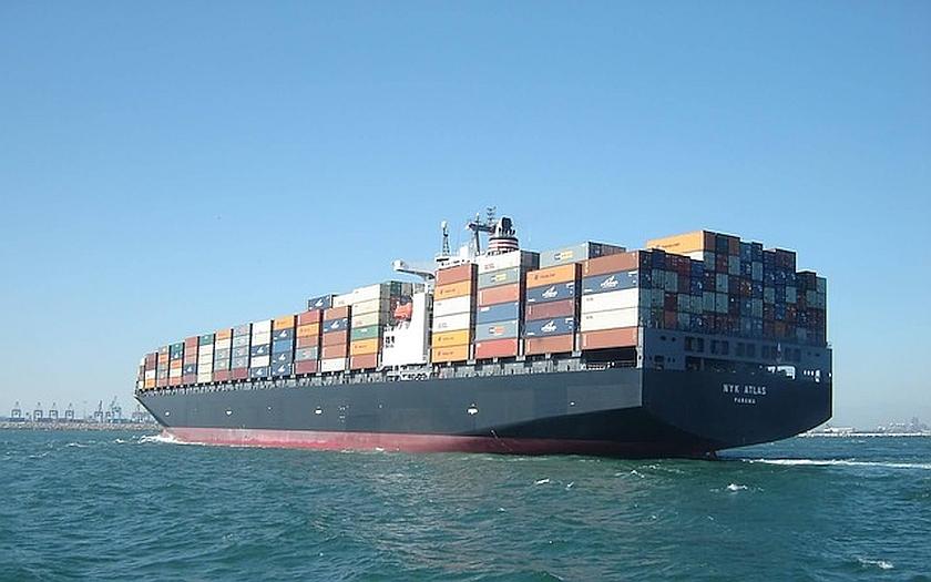 Íránské válečné námořnictvo zabavilo americkou obchodní loď