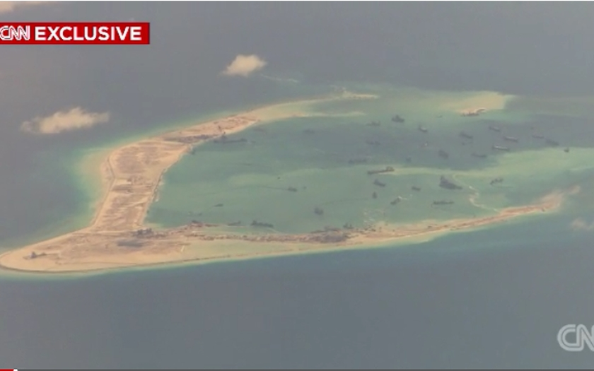 Vietnam znepokojen zprávami o čínském ozbrojování umělých ostrovů