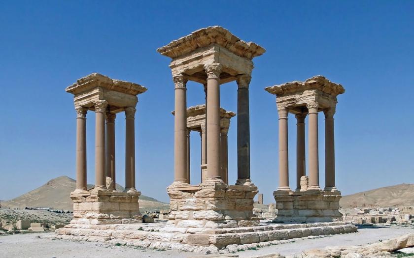 262 popravených v Palmyře, mezi nimi i děti