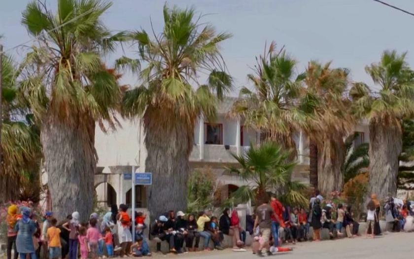 Řecké ostrovy nezvládají příliv uprchlíků. Za pět měsíců nárůst téměř 1000 procent.