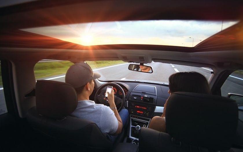 BMW chystá velký krok k samořiditelným vozům. Pomohou technologie DXC