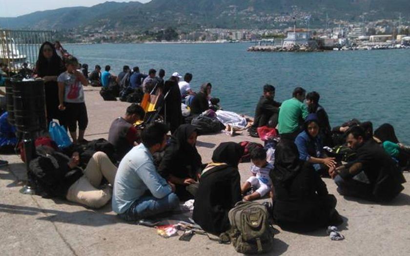 Řecko: Máme problém s uprchlíky, nemáme pro ně jídlo. Hrozí nepokoje.