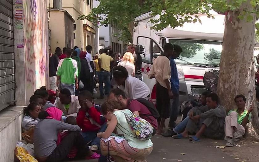 Evropská komise zahájí vůči ČR řízení kvůli kvótám na uprchlíky