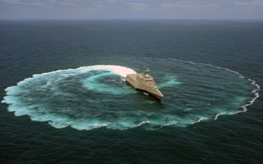 Video: USS Freedom a USS Independence
