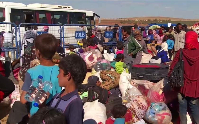 Turecko varuje EU až před milionem uprchlíků. Požaduje miliony EUR.