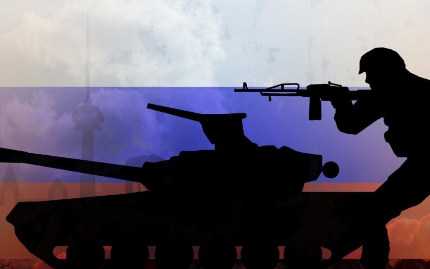 Moskva obvinila NATO, že hromadí vojska u hranic s Ruskem