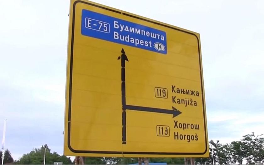 Maďarsko začalo s výstavbou plotu na srbské hranici