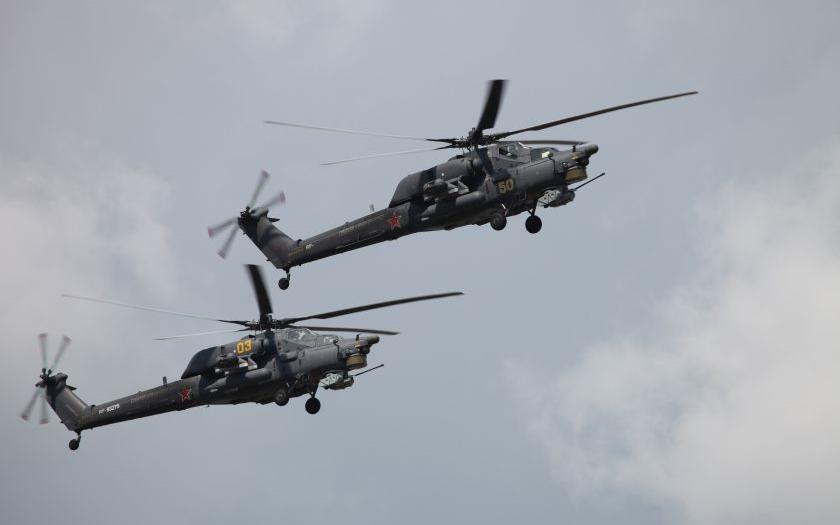 VIDEO: Ruský bitevní vrtulník MI-28 se zřítil při letecké show u Moskvy