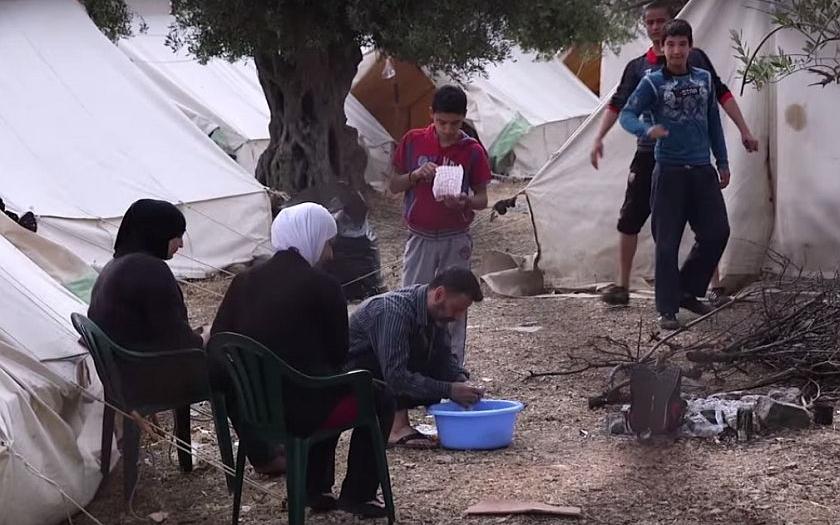 Řecko nezvládlo nápor uprchlíků, v zemi panuje &quote;totální chaos&quote;, tvrdí OSN