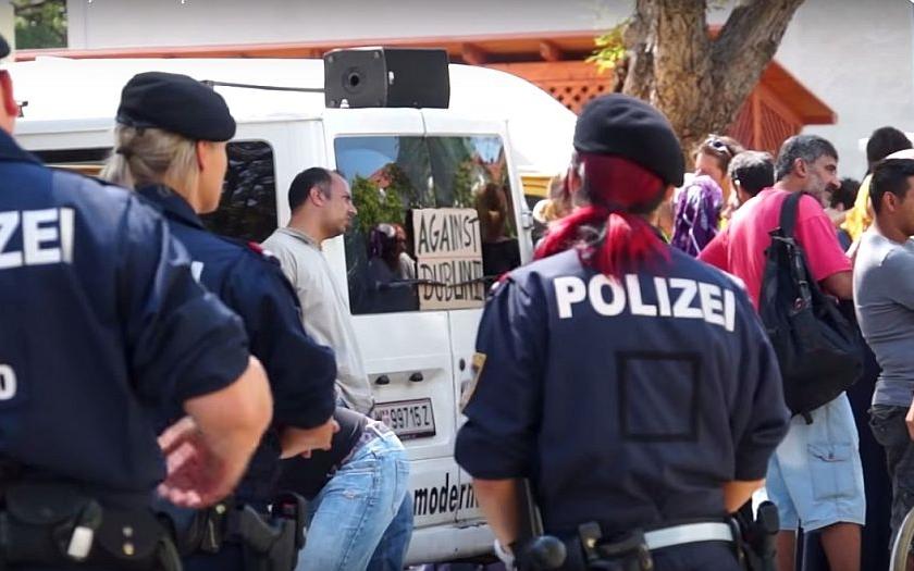 Přes 80% Němců vidí politický extremismus jako ,,rostoucí problém&quote;, ukázal průzkum