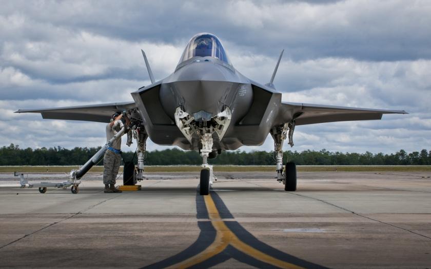 US Air Force muselo &quote;uzemnit&quote; své F-35