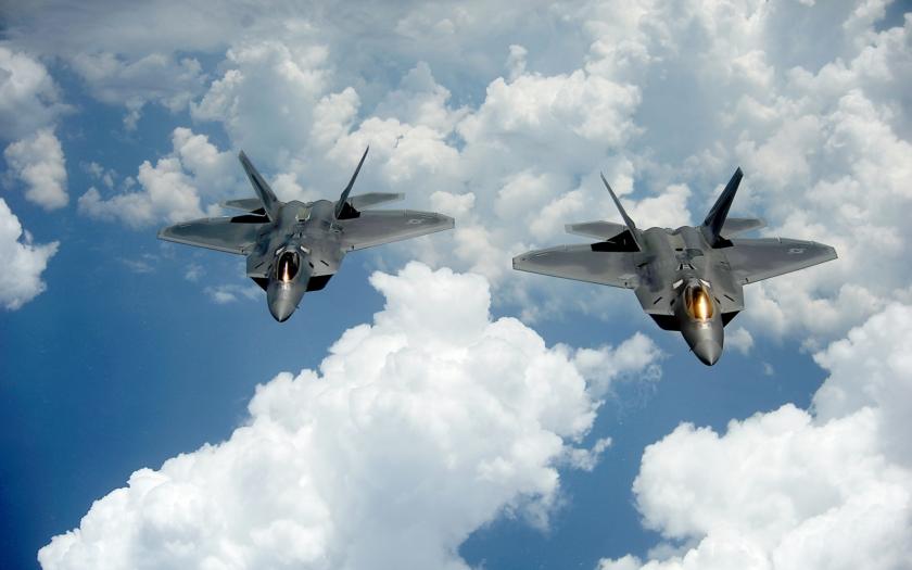 Nejlepší stíhače F-22 Raptor opět v Evropě