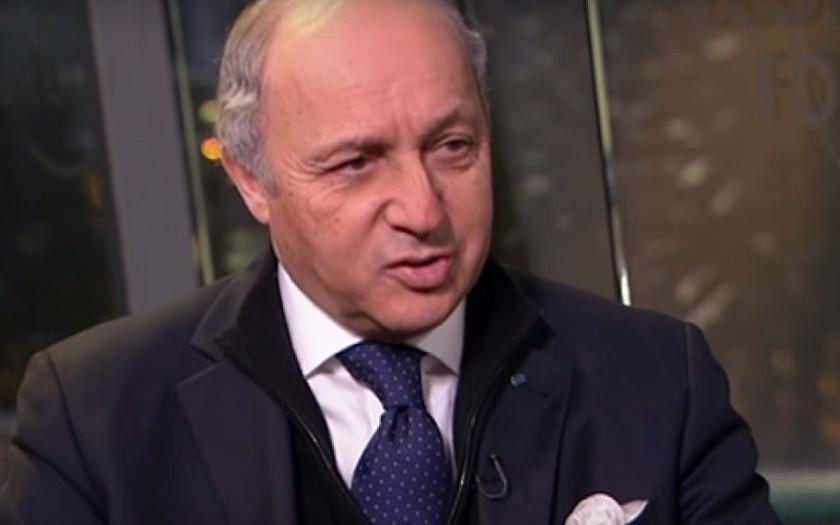 Francouzský ministr po návratu z Prahy zkritizoval východní Evropu za přístup k uprchlíkům