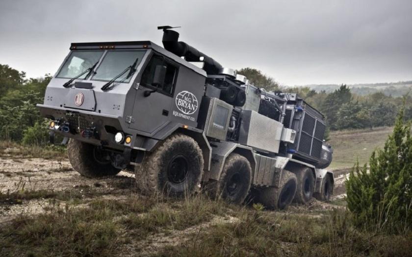 Video: Tatra Percheron o výkonu 6 000 PS