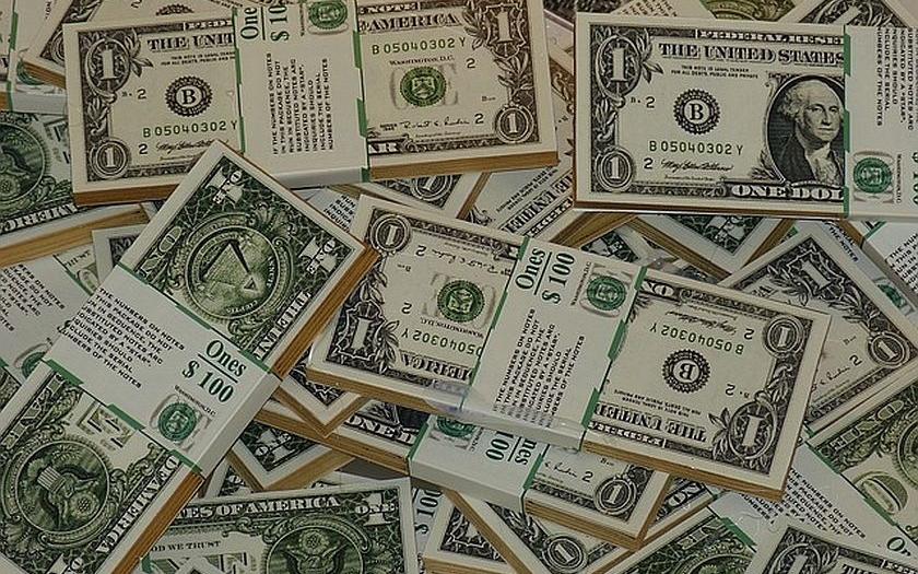 Moskva: Rusko sníží závislost na americkém dolaru