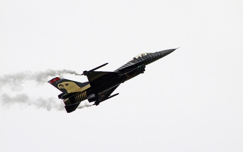 Ruské vojenské letadlo nad Tureckem