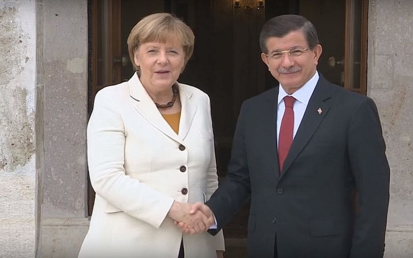 Turecko není &quote;koncentrační tábor&quote; vzkazuje turecký premiér Evropské unii