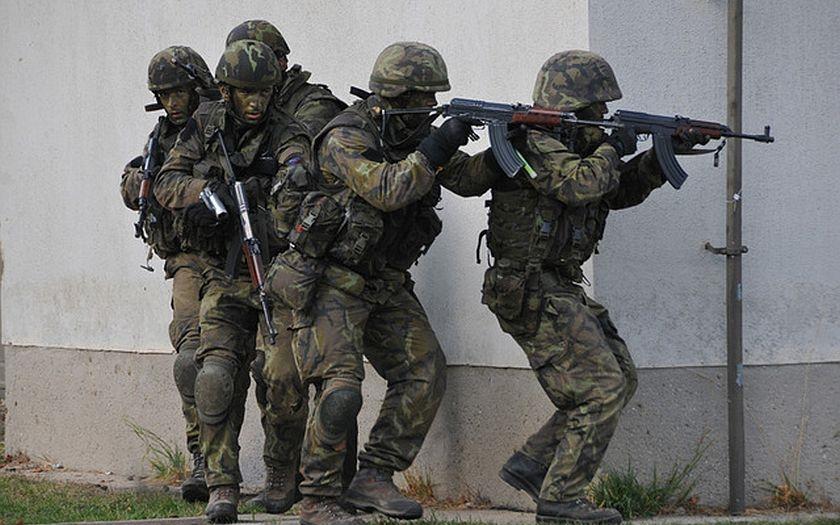 Kdo tvrdí, že se v Evropě už nebude válčit, plete se. A Česká republika na to není připravená, varují experti