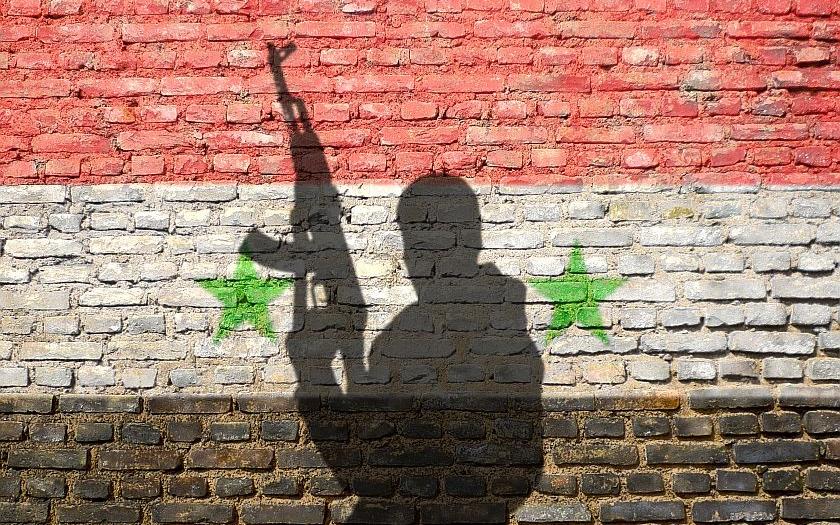 Rusko se zapojilo do konfliktu v Sýrii. Nechce připustit střety mezi tureckými a syrskými jednotkami