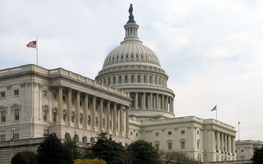 Senát USA schválil sporný návrh zákona o kybernetické bezpečnosti