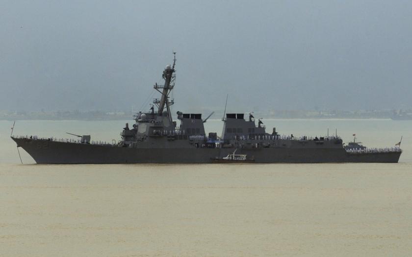 USA provokují Čínu: &quote;V Jihočínském moři se budeme plavit, kdy budeme chtít.&quote;