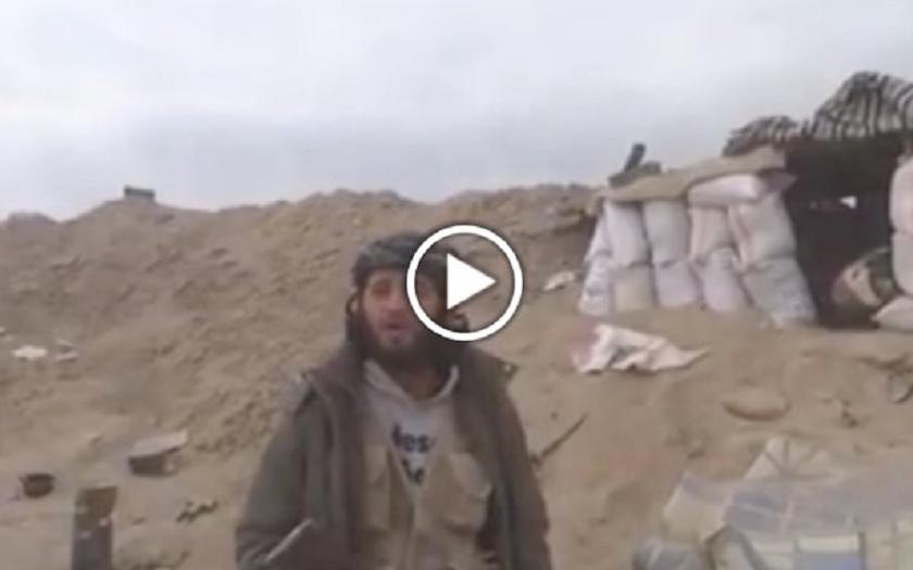 Video: Smrt islamistického povstalce v přímém přenosu