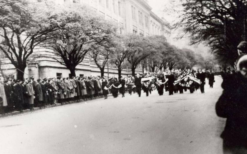 Před 76 lety fašistické gestapo zatýkalo a popravovalo české studenty.