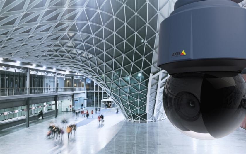 První kopulová PTZ kamera s rozlišením 4K