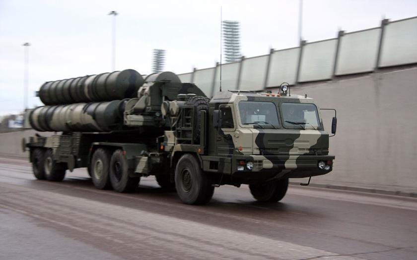 Míří protiletadlové systémy S-400 také do Iráku?