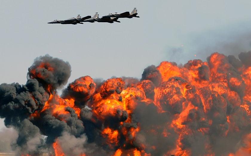 Rusko: Syrská Rakka byla dobyta barbarským bombardováním