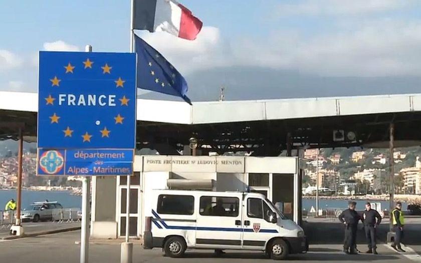 Obavy z uprchlické vlny. Evropské země požadují další kontroly na hranicích.