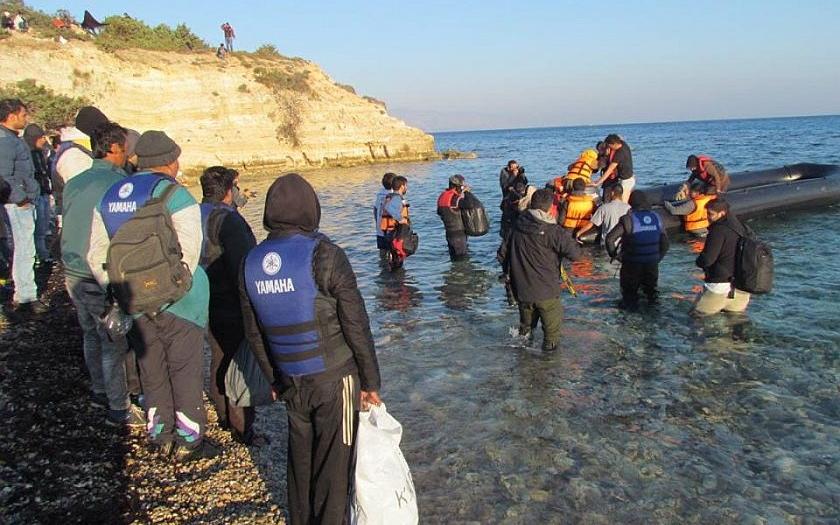 Nikdo nesmí pomáhat pašovat lidi do Evropy!