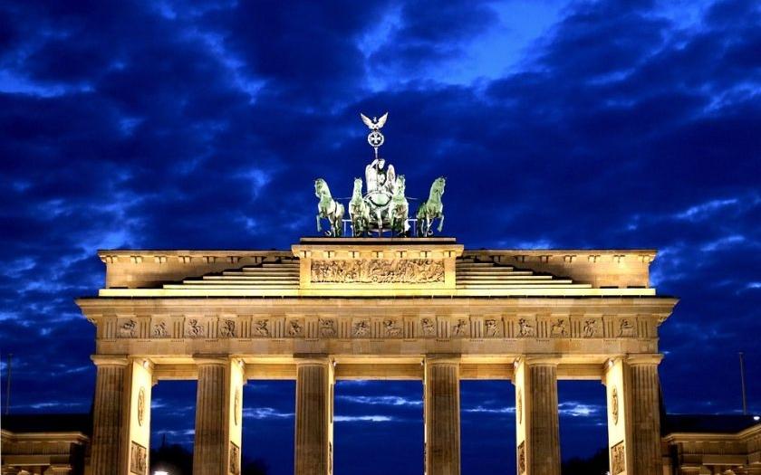 Rasistická bitka v Berlíně. Muslimové zmlátili křesťany.
